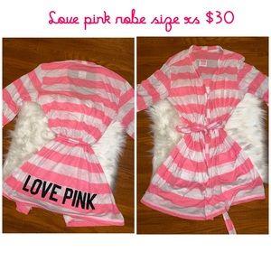 🔥Victoria's secret PINK *RARE* robe - xs🔥